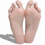 足の指の間の水虫 軟膏薬で治りました!
