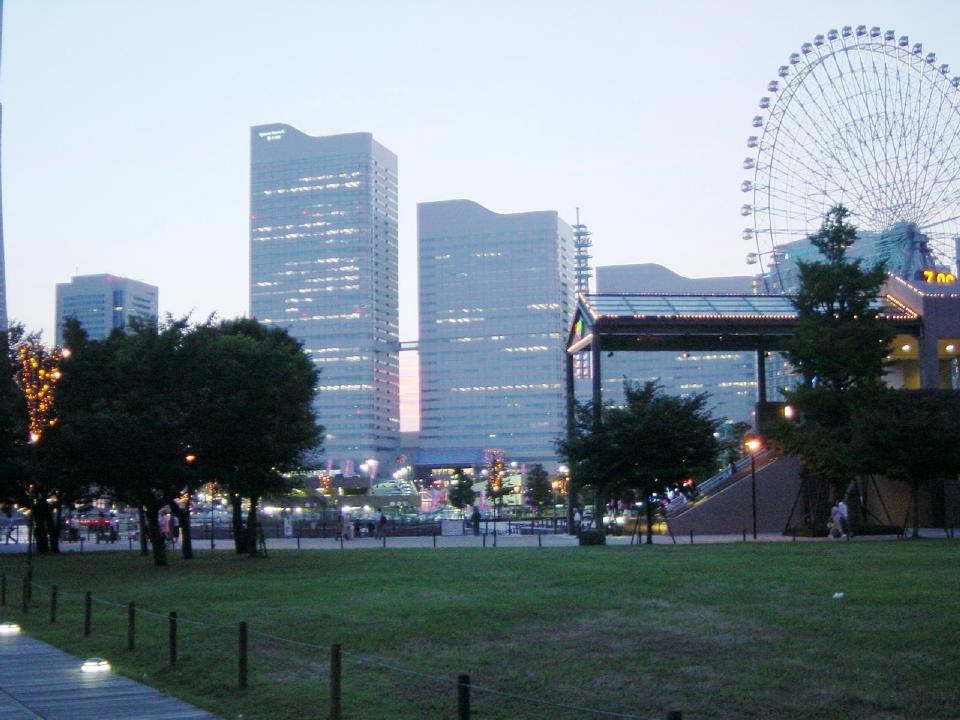 横浜雨デート